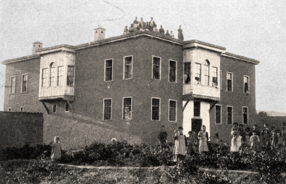 Mezire, 1903. General view of the Scandinavian Emaus girls' orphanage