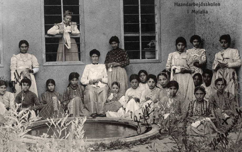 Malatya, 1907. The mission Armenian orphanage