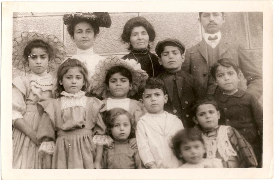 Պէյրութ, 1911. Տիգրան եւ Աւետիս Գասարճեաններուն ընտանիքները
