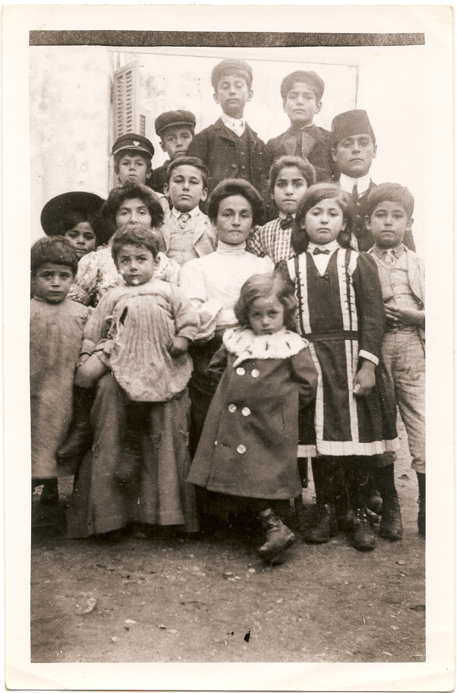The families of Dikran and Avedis Kasardjian