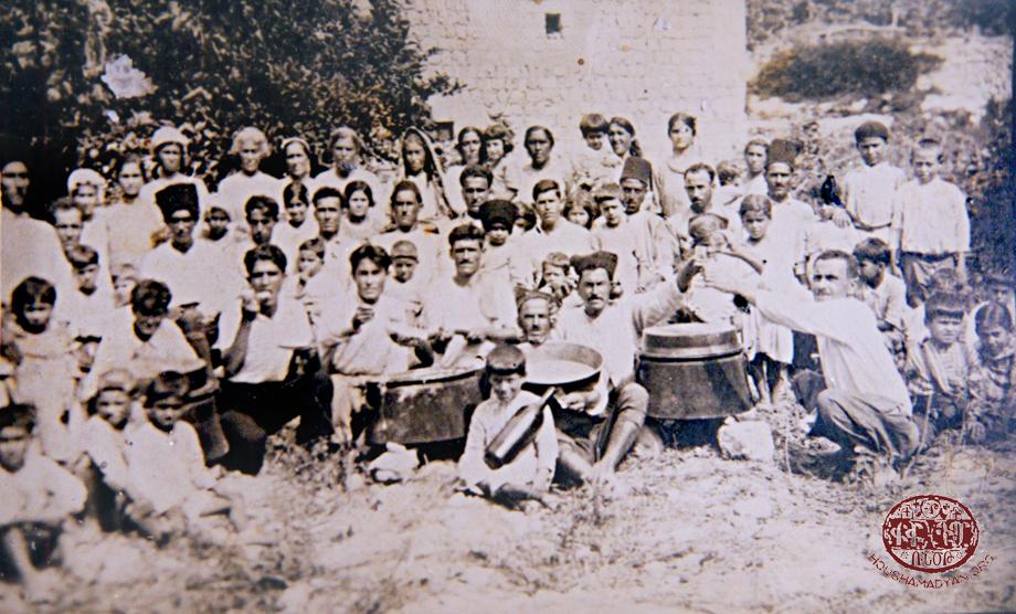 Հարիսայի պատրաստութեան արարողութիւնը Մուսա Լեռի մէջ