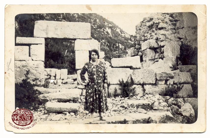 Hovan Vosgeperan monastery ruins near Bitias
