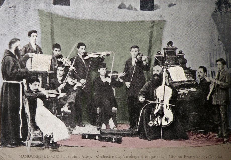 Մեզիրէ, 1914. քափուչիններու գոլէճին նուագախումբը