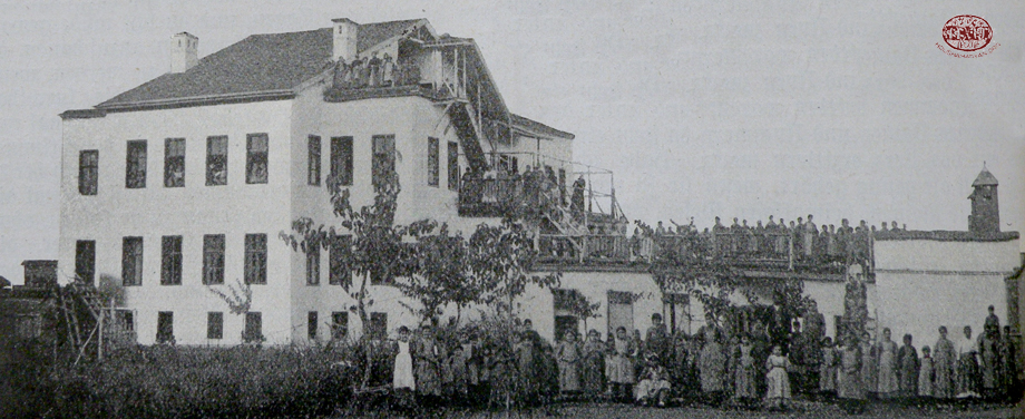 Mezire. The Pniel girls' orphanage
