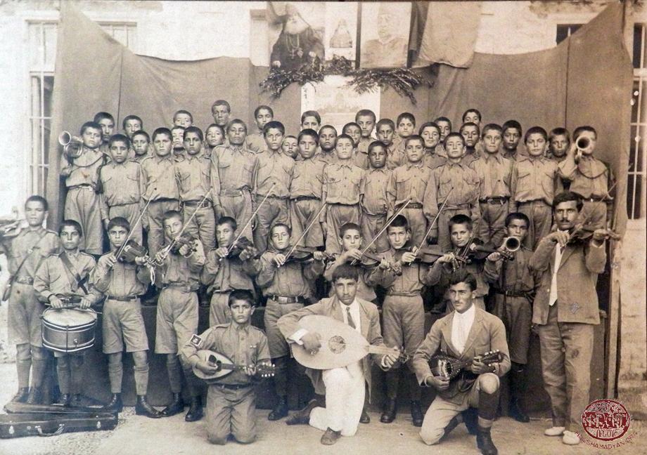 Տէօրթեօլի որբանոցի նուագախումբն ու երգչախումբը, Յուլիս 1920-ին