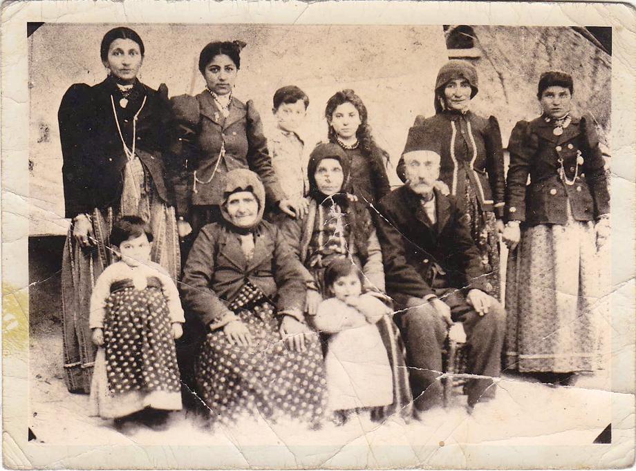 Chmshgadzak, 1904: The Simonian family