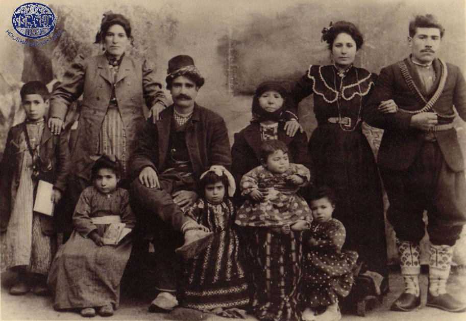 Keserig, ca 1913, the Aydabirian and Donabedian families