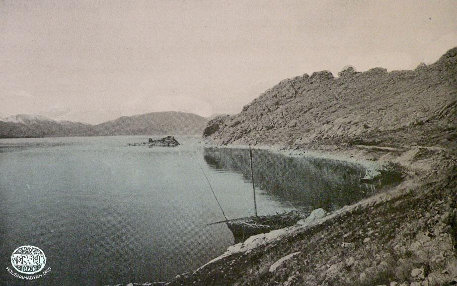 Վանայ լիճի Ախթամար կղզիին նաւամատոյցը
