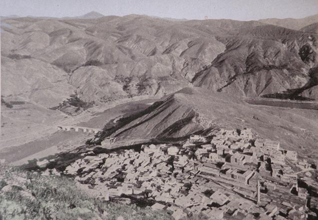 (աղբիւր՝ Victor Pietschmann, Durch kurdische Berge und armenische Städte, Wien, 1940)