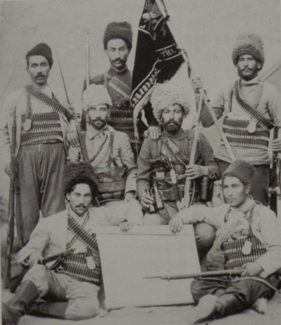 Գայլ Վահանի (Բալուի Հաւաւ գիւղէն) «Արտաւազդ» ֆետայական խումբը, որ գործած է ռուս-օսմանեան սահմանին վրայ