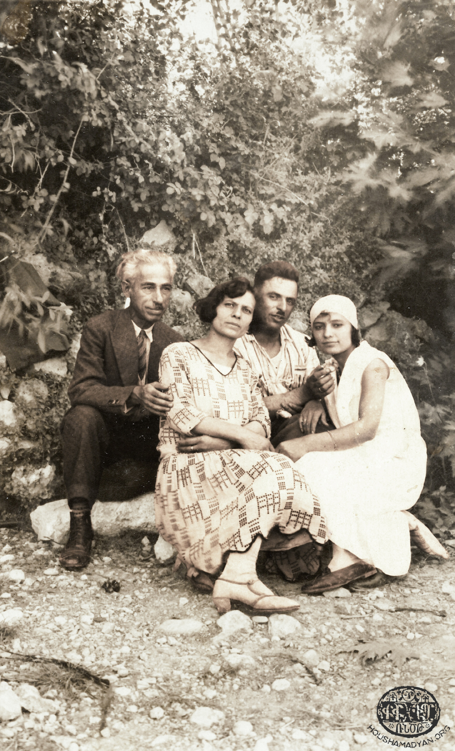 Sis couples, probably photographed in Lebanon