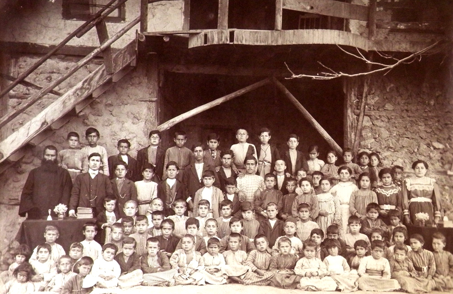 The Döngele village (Marash vilayet) Armenian school, ca 1913-1914 (Source: Nubarian Library collection)