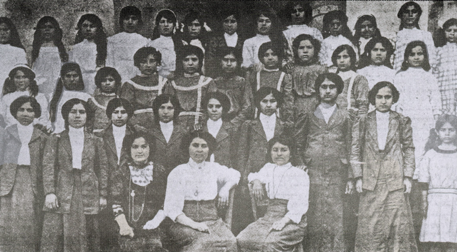 Dörtyol Central School: Graduates of girls' division and female pupils of higher grades (1912-1913)