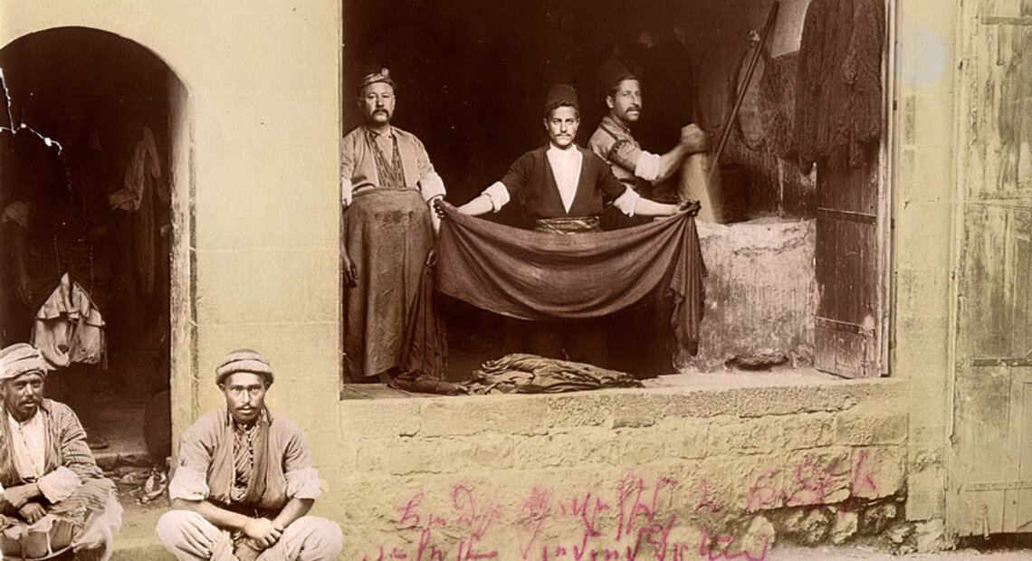 Cloth dyers in Marash (Source: Mihran Minassian collection)