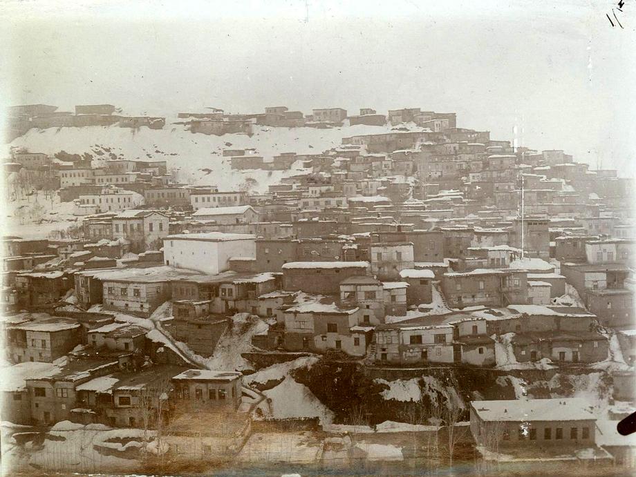 http://www.houshamadyan.org/fileadmin/houshamadyan/images/content_images/Bitlis_vilayet/Kaza_of_Mus/Mush_B.BIOERN_web.jpg